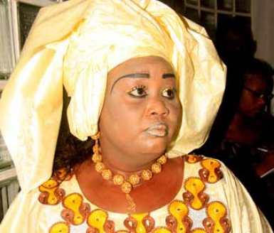 Agression : Le député Amy Cheikh Yaba perd un collier de deux millions de Francs Cfa dans la campagne