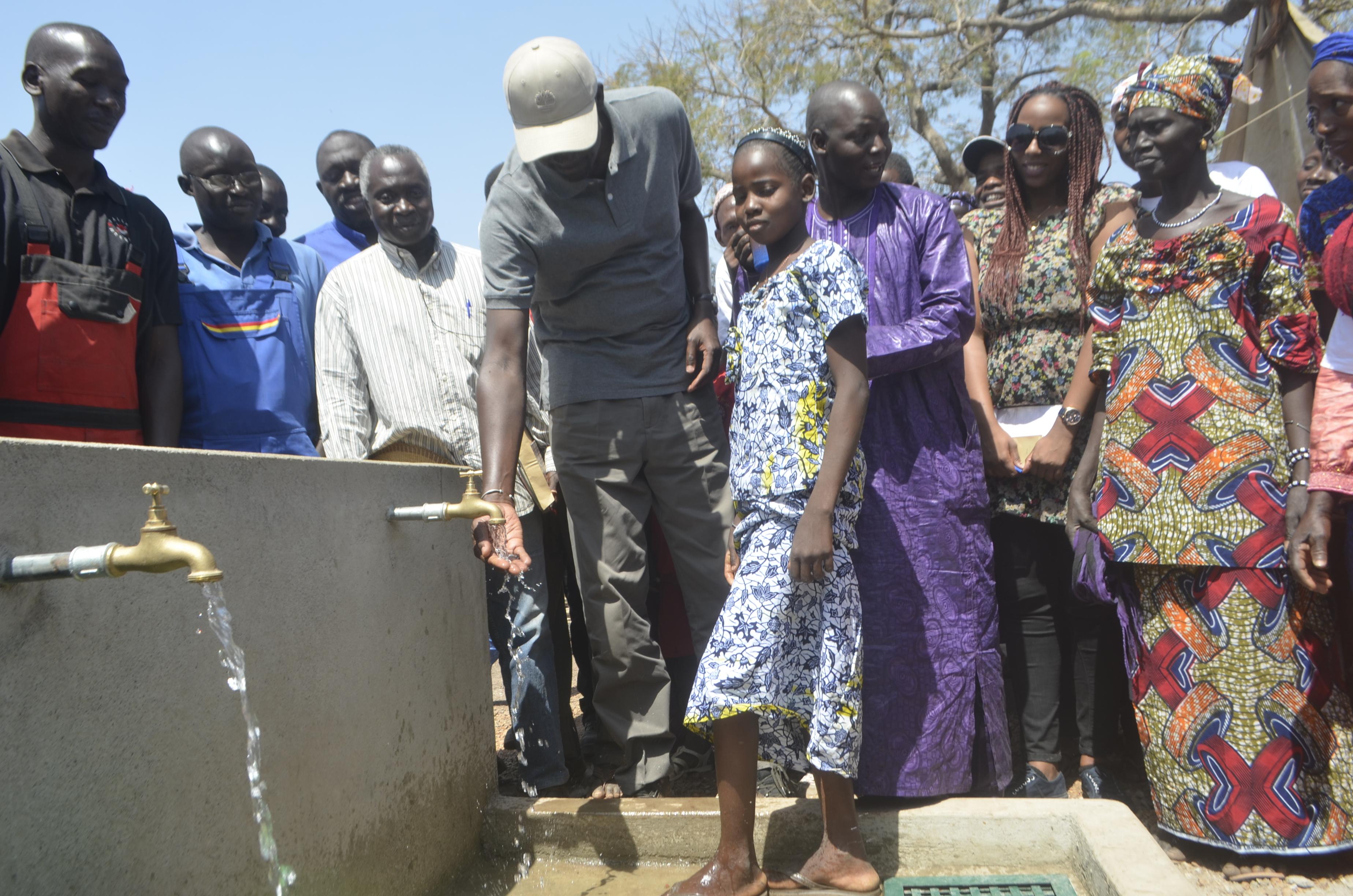 Des bas-fonds aux robinets : L'histoire de l'eau potable à Ya Moussa