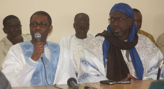 Réplique aux libéraux : Youssou Ndour prend fait et cause pour sa femme et en remet une couche contre Karim Wade