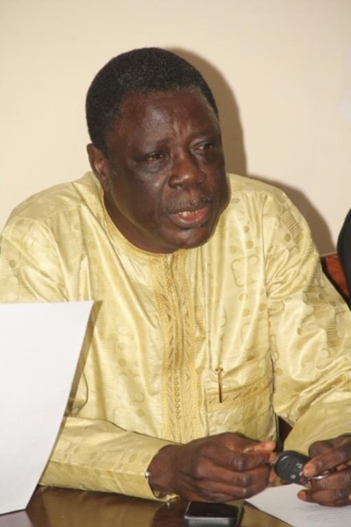 """RÉFÉRENDUM : Me Ousmane Sèye obtient le """"OUI"""" des Imams et des chefs de quartier de Grand-Yoff"""