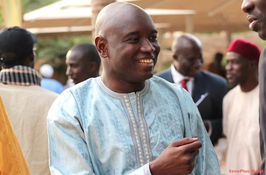ALY N'GOUILLE N'DIAYE AUX POPULATIONS DE LINGUÈRE : « Gardez le bulletin du NON pour le concert de Youssou N'dour...»