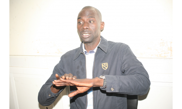 Oumar Faye, leader de Leral Askan Wi arrêté par la police
