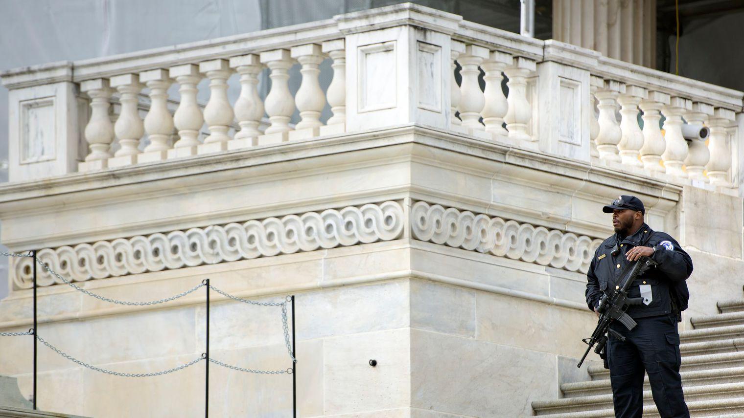 Homme armé capturé dans le Capitole à Washington