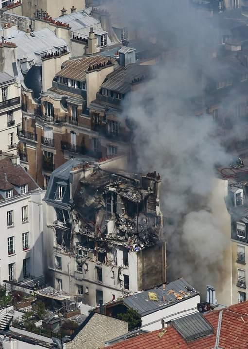 Violente explosion due au gaz dans le centre de Paris