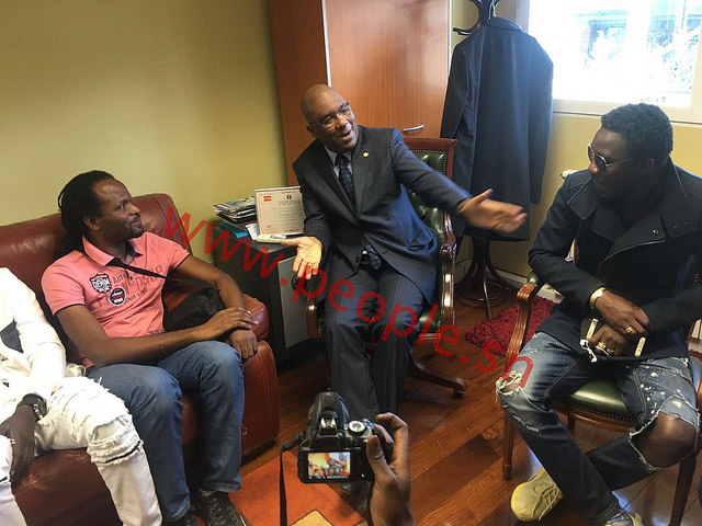 """La délégation de """" Waly Dans Ma Ville """" reçue en audience par le Consul général du Sénégal en Espagne"""