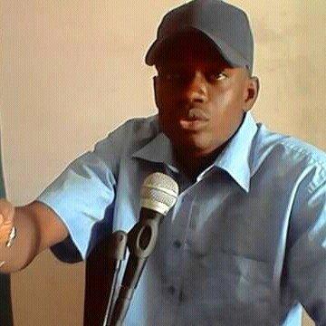 LIQUIDATION POLITIQUE D'AÏDA M'BODJ - Le Dg de Bambey Fm crache sur un billet d'avion, un véhicule et de l'argent
