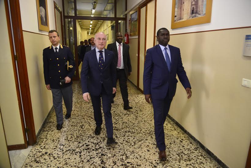 Terrorisme/Fausse alerte dans les plages européennes: Le ministre Oumar Youma dément formellement et  assure les investisseurs et touristes italiens