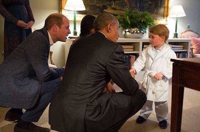 Quand le prince George reçoit Obama en pyjama