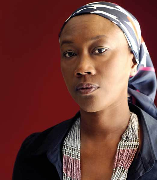 Pourquoi faire confiance  à Macky face à Jammey ? (par Oumou WANE)