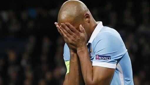 """La presse anglaise s'acharne sur Kompany : """" Il est devenu un boulet pour City """""""