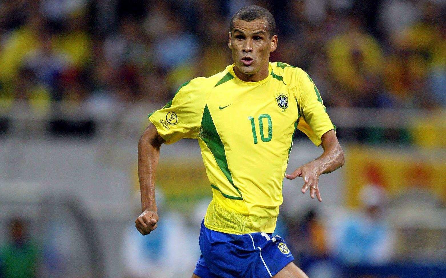 """RIVALDO : """" Ne venez pas au Brésil, vous mettez votre vie en danger """""""