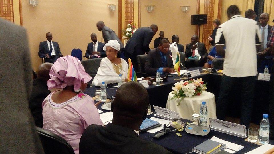 Officiel - Prémices d'une reprise officielle du trafic entre la Gambie et le Sénégal
