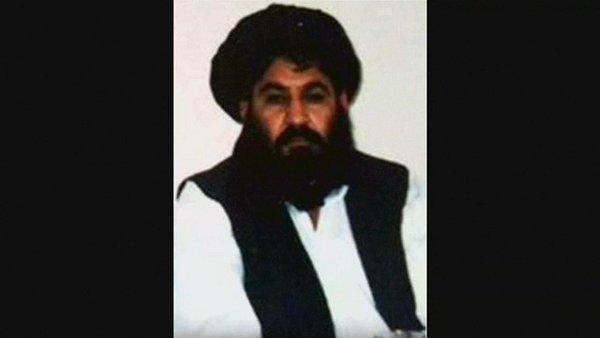 Le mollah Mansour, chef des talibans, tué dans un raid américain