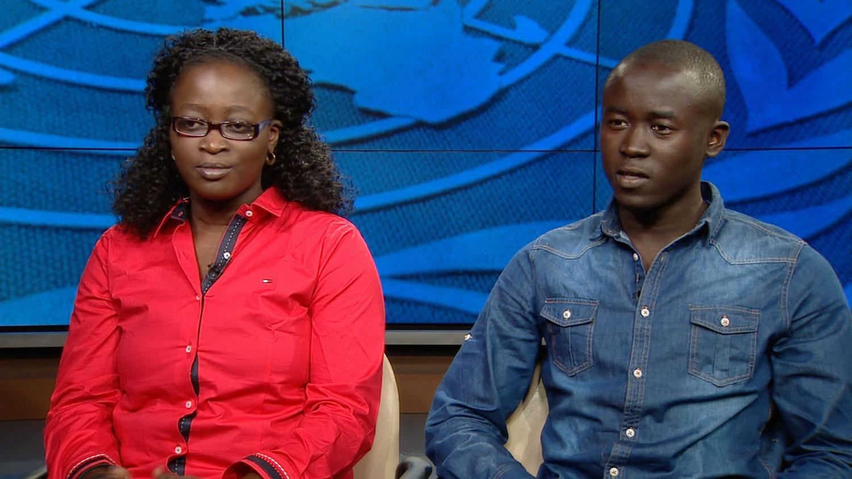 Coumba Diagne et Cheikh Diagne, la fille et le fils du Capitaine Mbaye Diagne, un Casque bleu de l'ONU mort au Rwanda en 1994. Capture vidéo