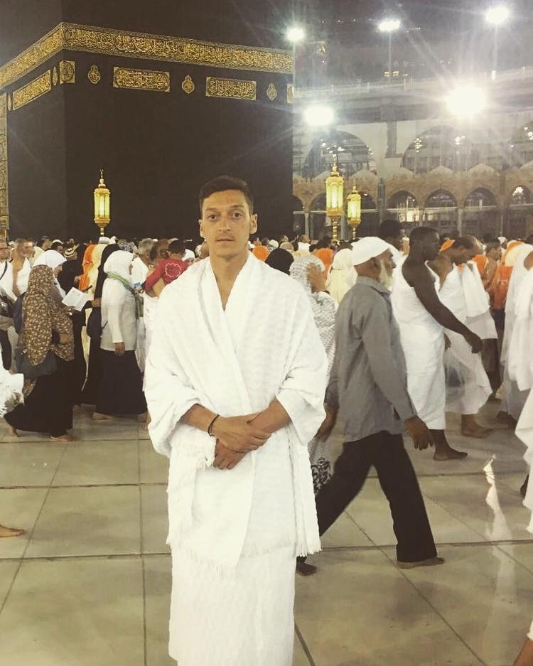 Ma sha Allah (Mesut Özil) ) à la Mecque