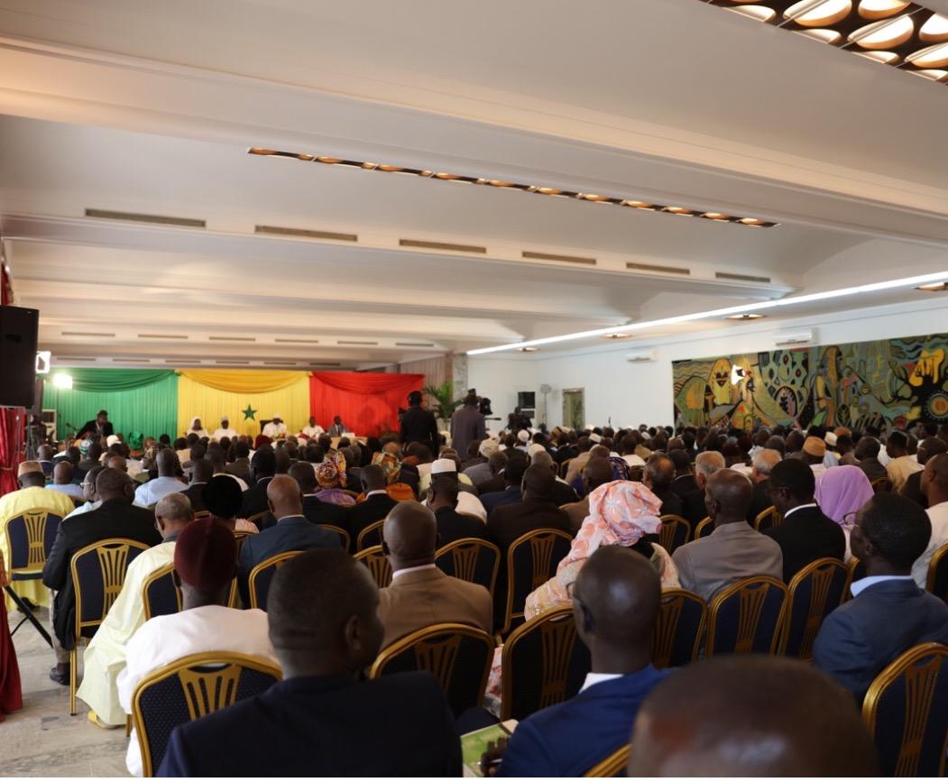 Dialogue national : Coupure d'électricité au Palais
