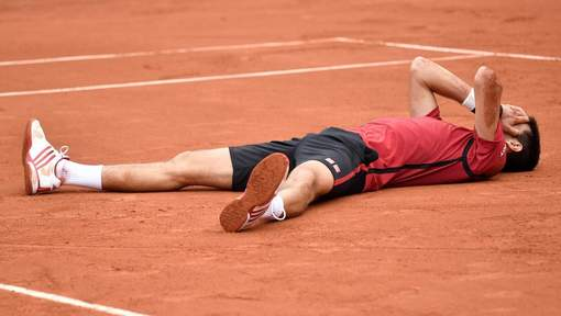 Novak Djokovic remporte son premier Roland-Garros