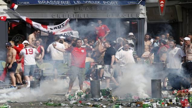 UEFA : suspension avec sursis de la Russie, qui sera exclue de l'Euro-2016 en cas de nouvel incident avec ses supporters