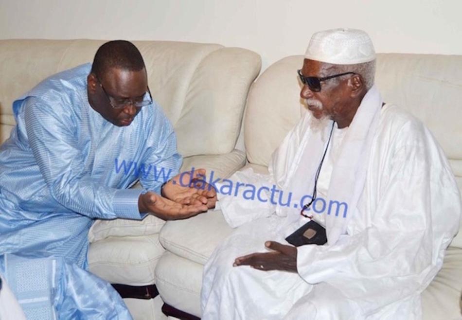 LE PRÉSIDENT À UN DE SES PROCHES : « J'étais venu faire mon ziar et solliciter des prières auprès du Khalife en cette période de ramadan »
