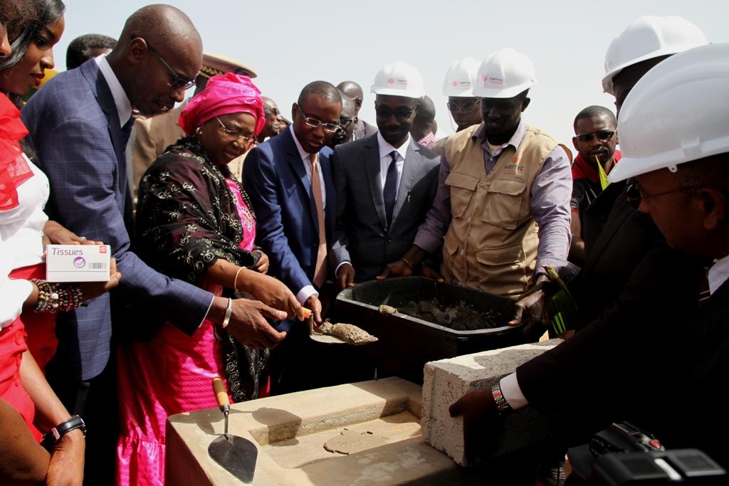 INVESTISSEMENT FONSIS : Les premiers flacons de perfusion «made in Sénégal» disponibles dans 18 mois