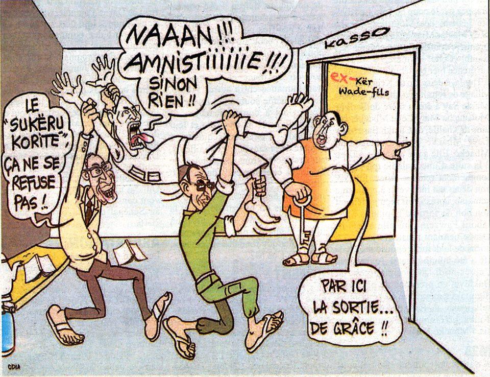Feuilleton Thiabi bi suite..Macky sort Karim de la prison par la force!!!