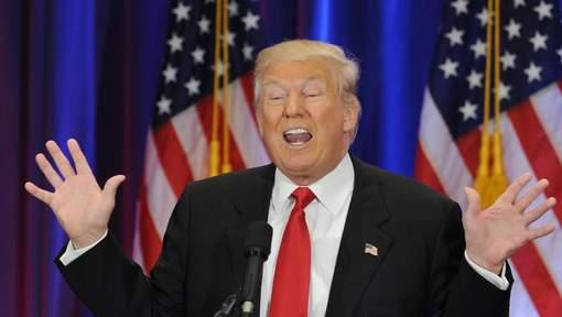 """Trump traite Clinton de """"menteuse de première classe"""""""