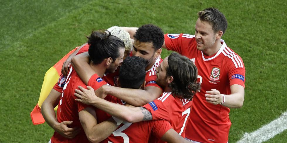Euro 2016 : le Pays de Galles en quart de finale après sa victoire contre l'Irlande du Nord
