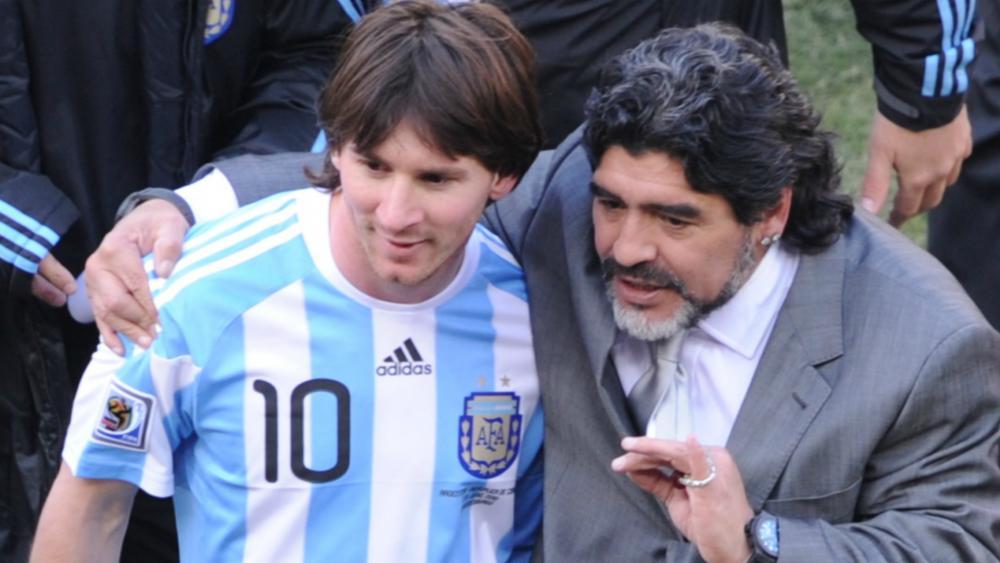 Argentine : Diego Maradona demande à Lionel Messi de revenir sur sa décision
