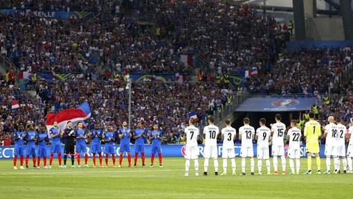 Pas d'hommage aux victimes d'Istanbul: l'UEFA crée la polémique