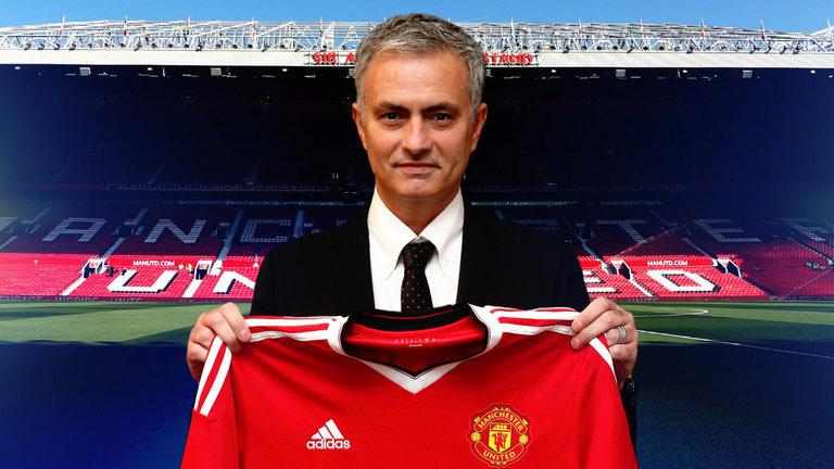 José Mourinho : «Je veux tout» avec Manchester United