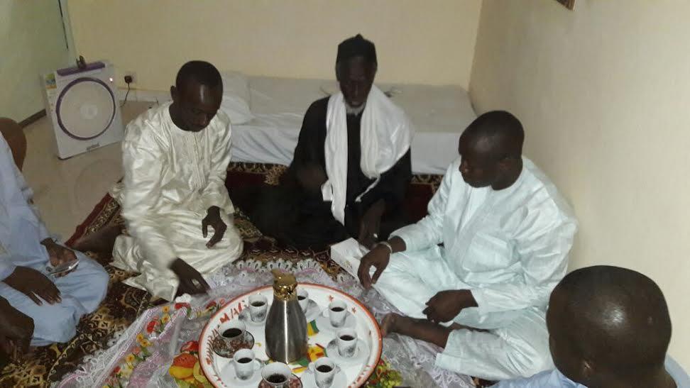 Ndogou d'une délégation de Tigo chez Serigne Bara M'backé