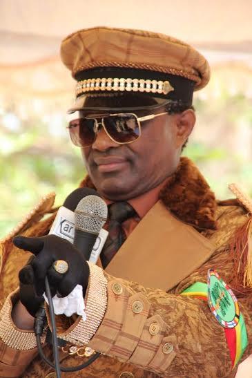 Après l'écriture de 666 poèmes en 66 jours, Serigne Modou Kara oriente sa réflexion exclusivement sur Cheikh Ahmadou Bamba Mbacké