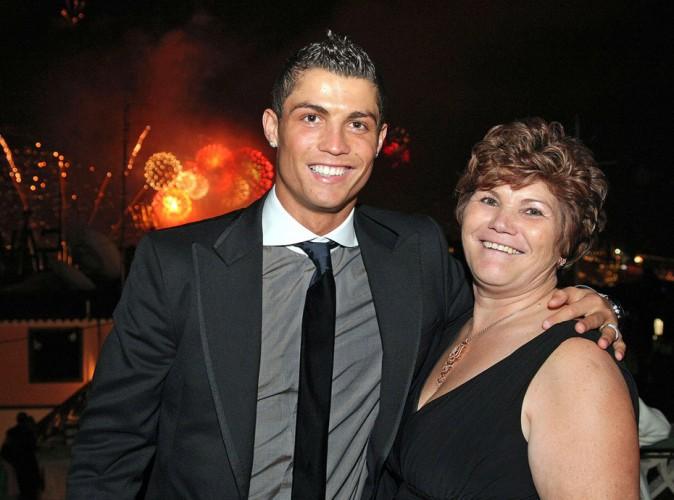 La mère de Cristiano Ronaldo s'en prend à Dimitri Payet sur Twitter