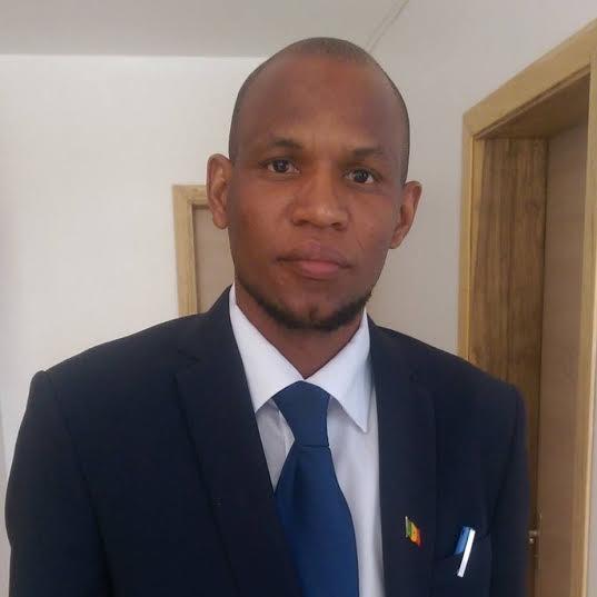 AFFAIRE FARBA NGOM : HALTE  A LA CALOMNIE ET CAP SUR LE DEVELOPPEMENT (par Aliou Ousmane SALL)