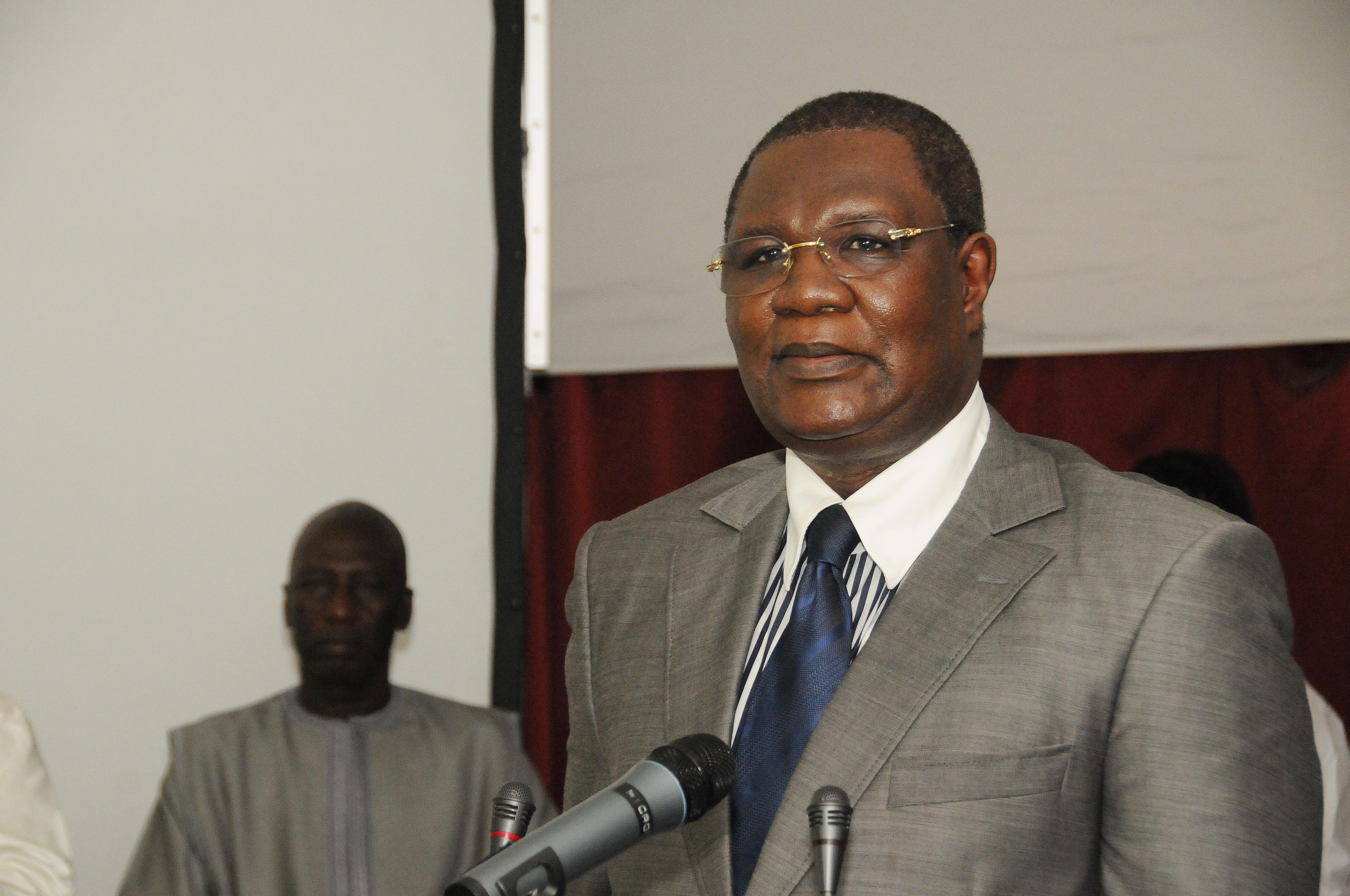 Accueillant une délégation de la famille de Cheikh Sidya Dramé : Me N'gom informe d'une tournée qu'il va entreprendre pour installer les structures du LCK