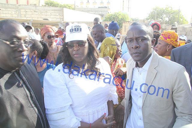 Seule au volant de sa voiture, avec Yaxam M'baye : Marième Faye Sall épate encore les Sénégalais