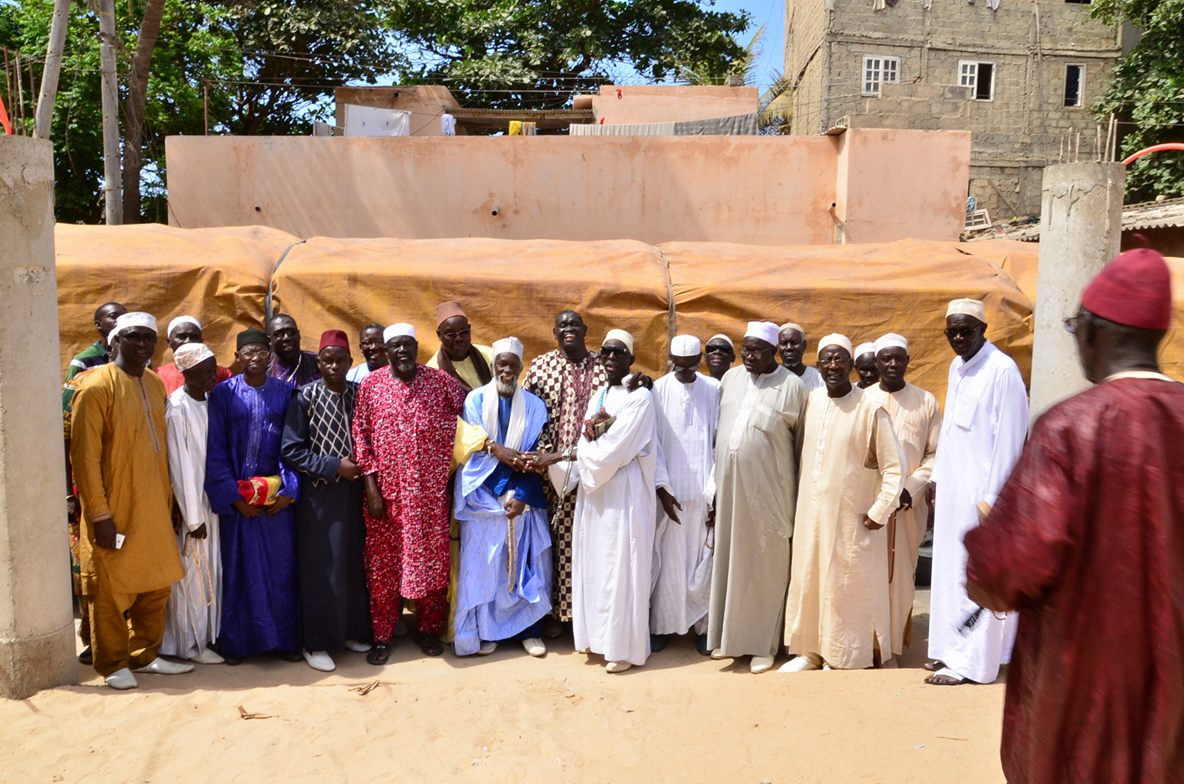 Grande mosquée de la cité des Lébous : Baba Tandian offre 50 tonnes de ciment