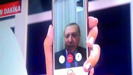 Erdogan n'est toujours pas rentré à Ankara
