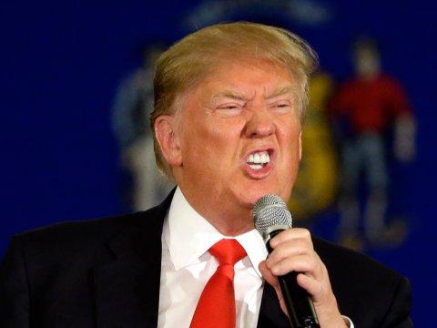 Une employée de Trump présente ses excuses pour avoir rédigé un discours de Melania Trump qui reprenait des mots de Michelle Obama