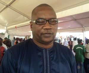Moustapha Niang dit Achille quitte la station Walfadjri pour le ministère de la micro-finance et de l'économie solidaire