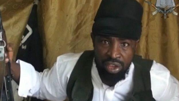"""Le chef de Boko Haram conteste son """"limogeage"""""""