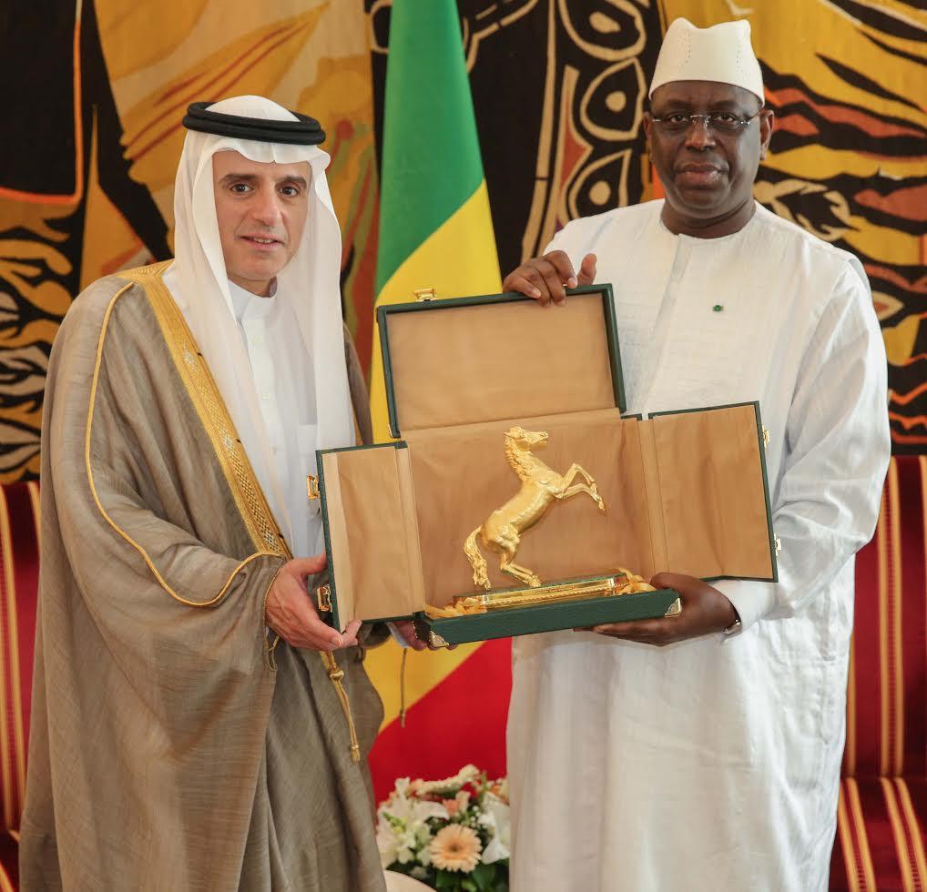 Le président Macky Sall a reçu en audience M. Adel Al JOUBEIR Ministre Saoudien des Affaires Etrangères