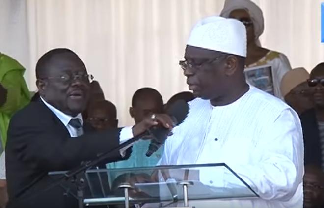 Jamais vu un Président dont on confisque le micro en plein discours pour ne rien dire! (Dr Cheikhabdou Lahad Mbacke)