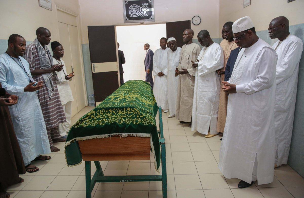 Le chef de l'Etat était à la levée du corps de A. Lamine Niang : Les condoléances de la Nation vont à sa famille.