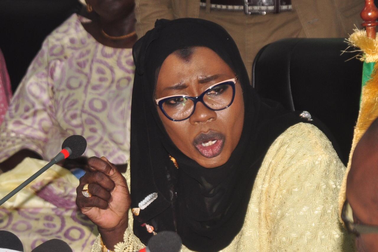 Nafi N'gom Keïta lors de sa passation de service : « Mon recours à la Cour Suprême ne vise nullement la personne de Macky Sall… »