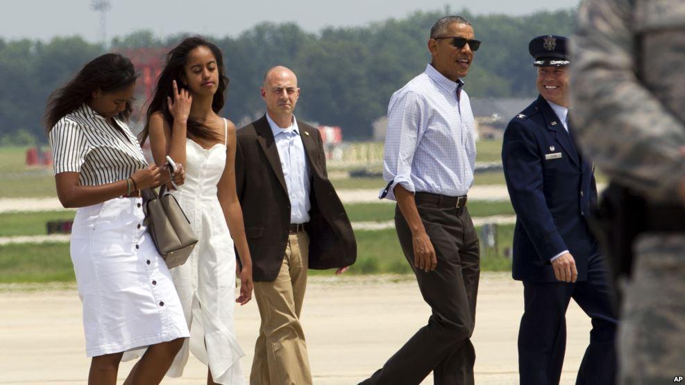 Obama et sa famille en vacances pour deux semaines à Martha's Vineyard