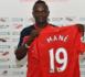 Sadio Mané offre 300 maillots de Liverpool aux habitants de son village natal