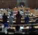 Standing ovation : Pour une première, toute l'Assemblée Nationale s'est tenue debout pour féliciter le ministre des finances.