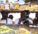 Nioro / Paoskoto : Aly Mané octroie des denrées alimentaires aux populations en guise d'appui pour le Ramadan.