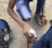 Drame à Malika : Pour 100 francs, Alassane Dia un cireur de chaussures (26 ans) assène un coup de couteau à son cousin Al Hassan Abou (18 ans).